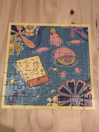 Lote 4 puzzles Bob Esponja completos.