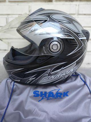 Casco de moto SHARK 2 meses de uso