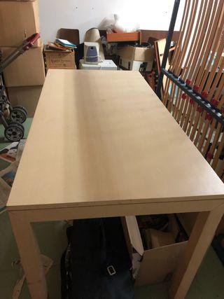 Mesa de madera grande