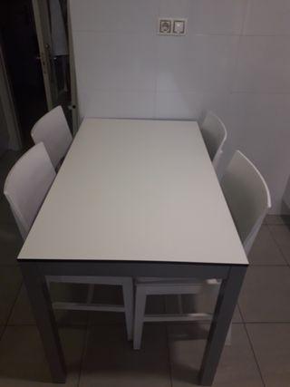 Mesa de Cocina de segunda mano en Sevilla en WALLAPOP