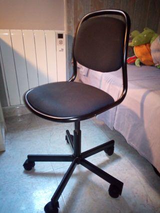 Silla nueva de escritorio niño/a