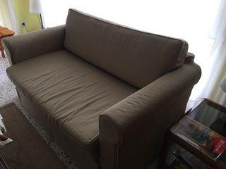 Sofá cama hagalund ikea prácticamente nuevo