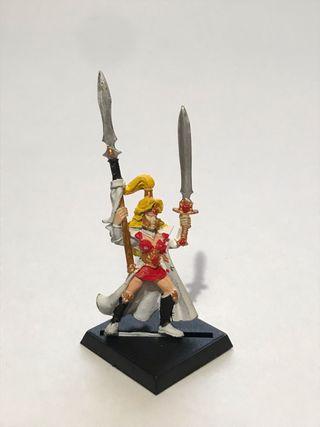 Maiden Guard Warhammer Guardiana