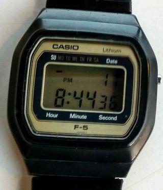 Reloj digital. Casio Lithium F-5. 1980.