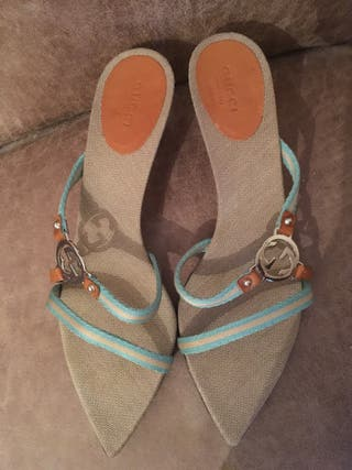 Sandalias/ zapatos Gucci