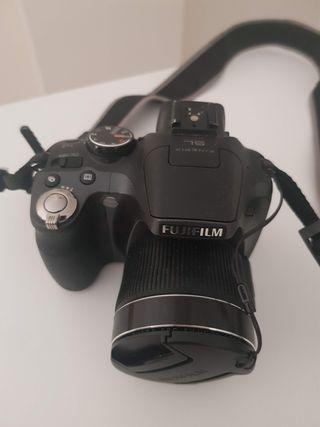 Fujifilm SL245 24X Semireflex + funda y tarjeta 16