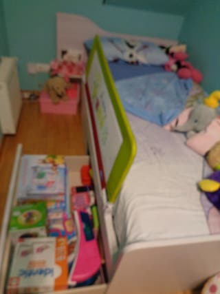 cuna convertible en cama infantil