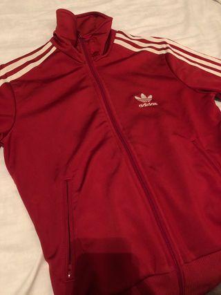 Chaqueta roja Adidas