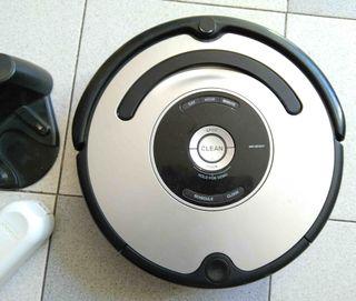 Aspirador iRobot ROMBA 560 + Base