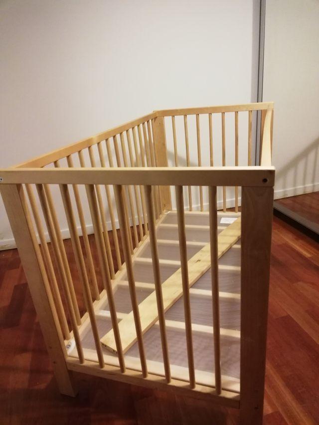 Cuna SNIGLAR IKEA en perfecto estado