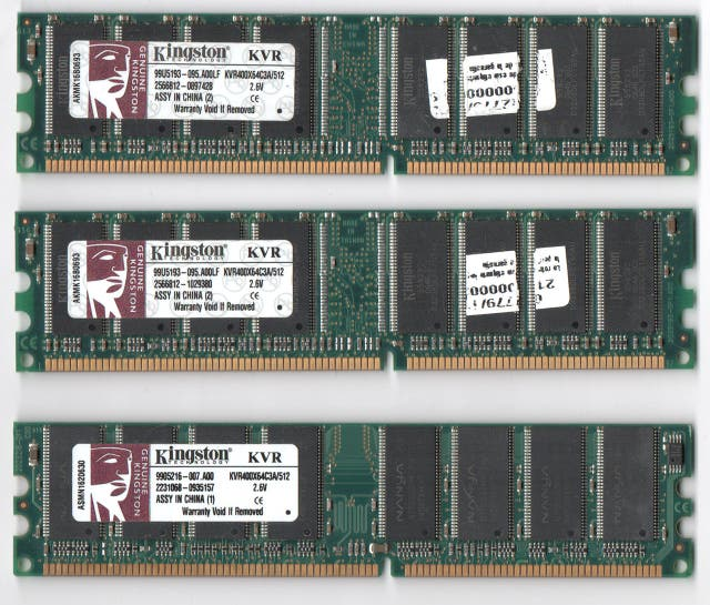 3 MEMORIAS RAM DDR 512 MB PC400 ( KINGSTON)