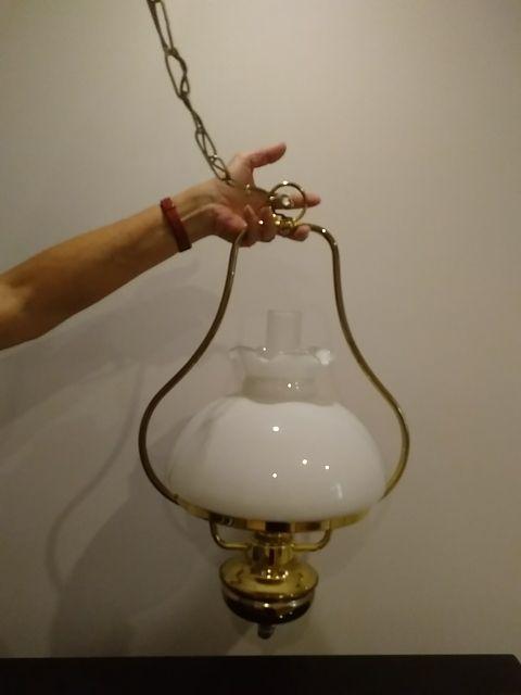 Lámpara estilo quinqué