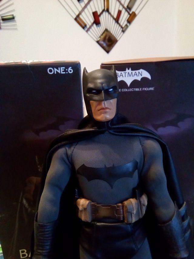 Figura Colección BATMAN. Nuevo