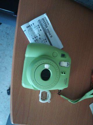 Cámara Fujifilm Instax mini 9 + carretes