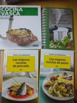 Cuatro libros de cocina NUEVOS por el precio de 1