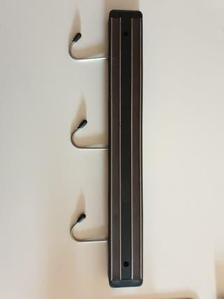 Soporte magnético para cuchillos de cocina