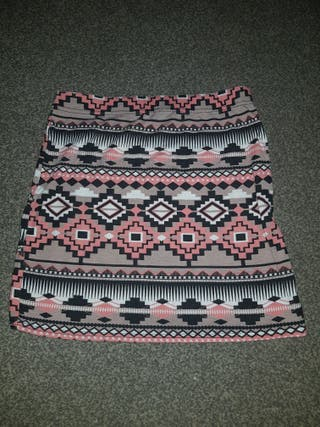a lovely ladies mini skirt size 10.