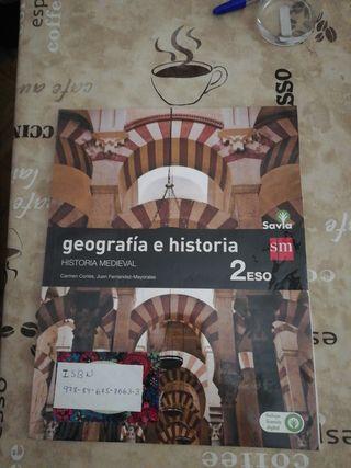 libro Geografía e Historia.Historia medieval.2eso