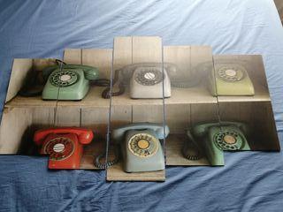 Cuadro teléfonos retro vintage