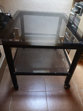 Mesa de cristal negro