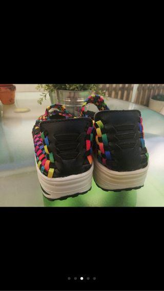 Zapatos elasticos muy comodos