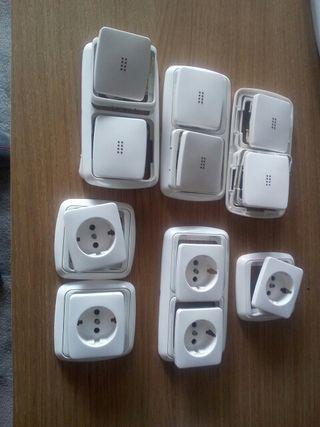 conjunto de interruptores y enchufes Niessen