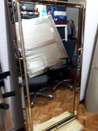 espejo de salon