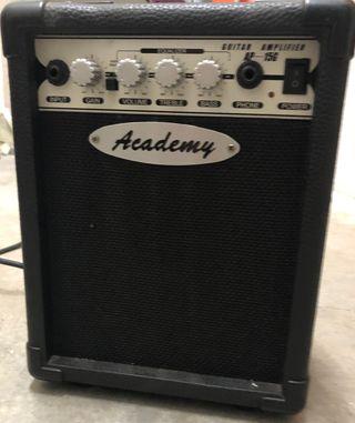 Vendo Amplificador para guitarra eléctrica.