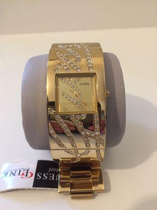 Reloj pulsera dorado marca Guess NUEVO