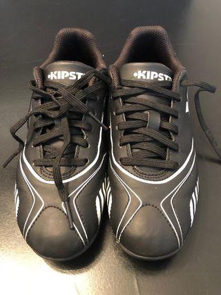 zapatillas de fútbol con tacos infantiles