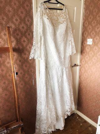 Plus size 26 lace boho wedding dress BNWT
