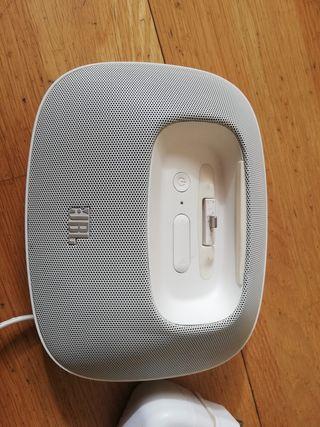 Altavoz-Base-Cargador de Iphone JBL