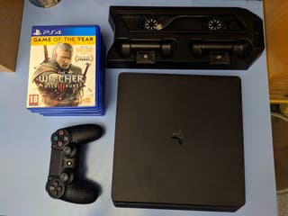 PlayStation 4 slim 1tb + stand + 1mando + juegos