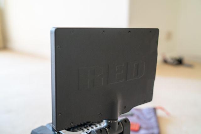 Red Scarlet w