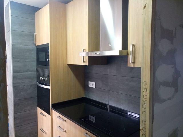 Reformamos cocinas, baños y pisos!