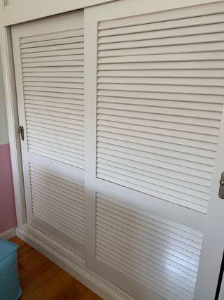 Puertas correderas de madera de armario