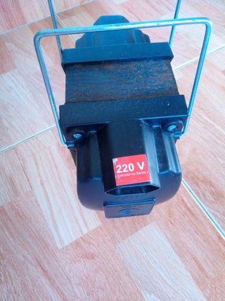 Transformador de voltagen 220V para 110V