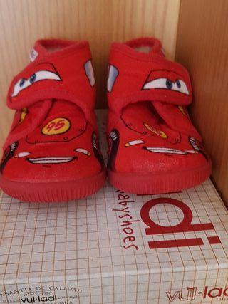 Zapatillas de casa niño rayo mcqueen t. 22