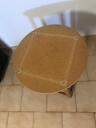 Mesa redonda pequeña