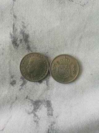 2 monedas de 5 pesetas Juan Carlos I 1975 (212)