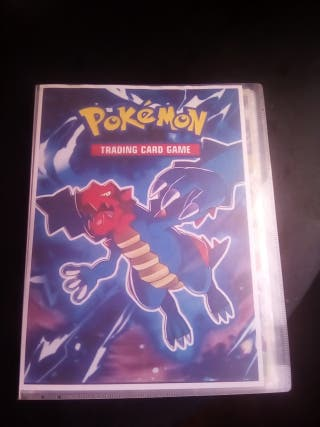 Pokemon.album con 143 cromos