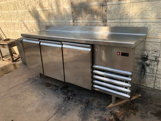 Bajomostrador frigorífico 2 metros inox