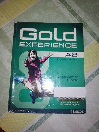 Libro de ingles Gold Experience A2