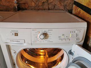 Secadora ELECTROLUX (nueva)