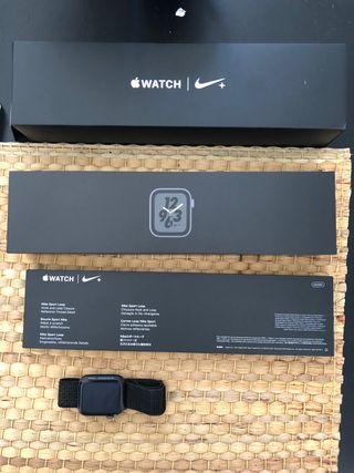 Apple Watch Nike 44mm GPS + Cellular + Garantia