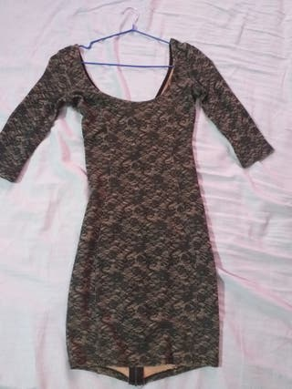 vestido de media manga