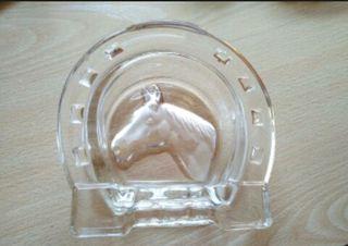 cenicero herradura caballo