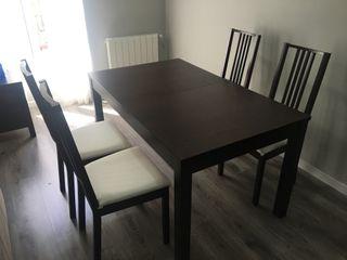mesa extensible + sillas