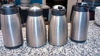 4 TERMOS DE CAFE O DE LECHE
