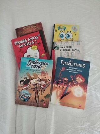 Los futbolisimos y varios libros